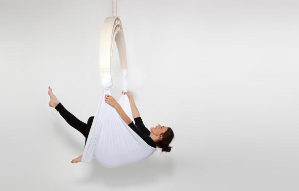 awesome-design-ideas-Zen-Circus-yoga-Caroline-Kermarrec-Alexia-Moisan-Kevin-Geffroy-1
