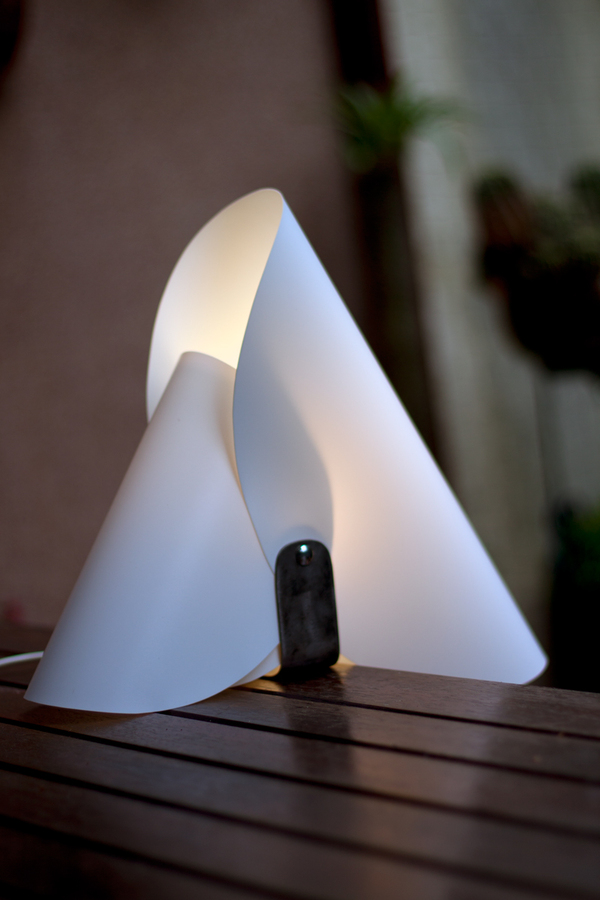awesome-design-ideas-orchio-lamp-Ivan-Paradinovi-5
