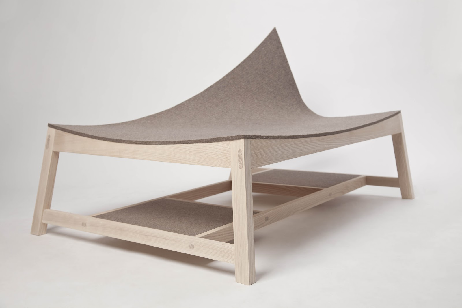 awesome-design-ideas-Experimental-Seating-Furniture-Tamas-Bozsik-4