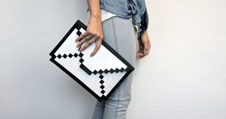 awesome-design-ideas-The-Big-Big-Pixel-Clutch-bag-1