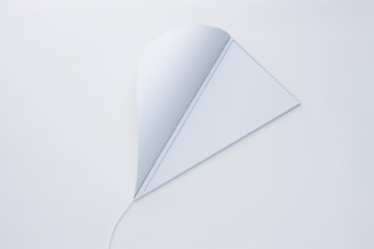 awesome-design-ideas-Peel-Wall-Light-YOY-Naoki-Ono-Yuki-Yamamoto-4