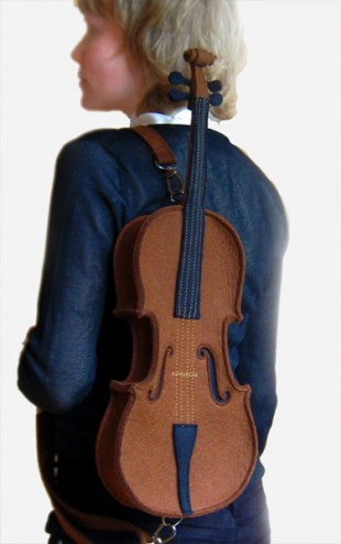 awesome-design-ideas-Brown-Felt-Violin-Bag-Krukru-Studio-1 (2)