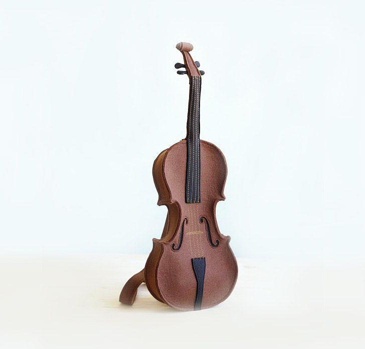 awesome-design-ideas-Brown-Felt-Violin-Bag-Krukru-Studio-2