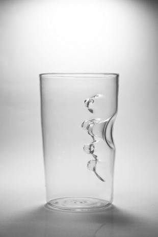 awesome-design-ideas-Finger-In-cup-Fanson-Meng-1
