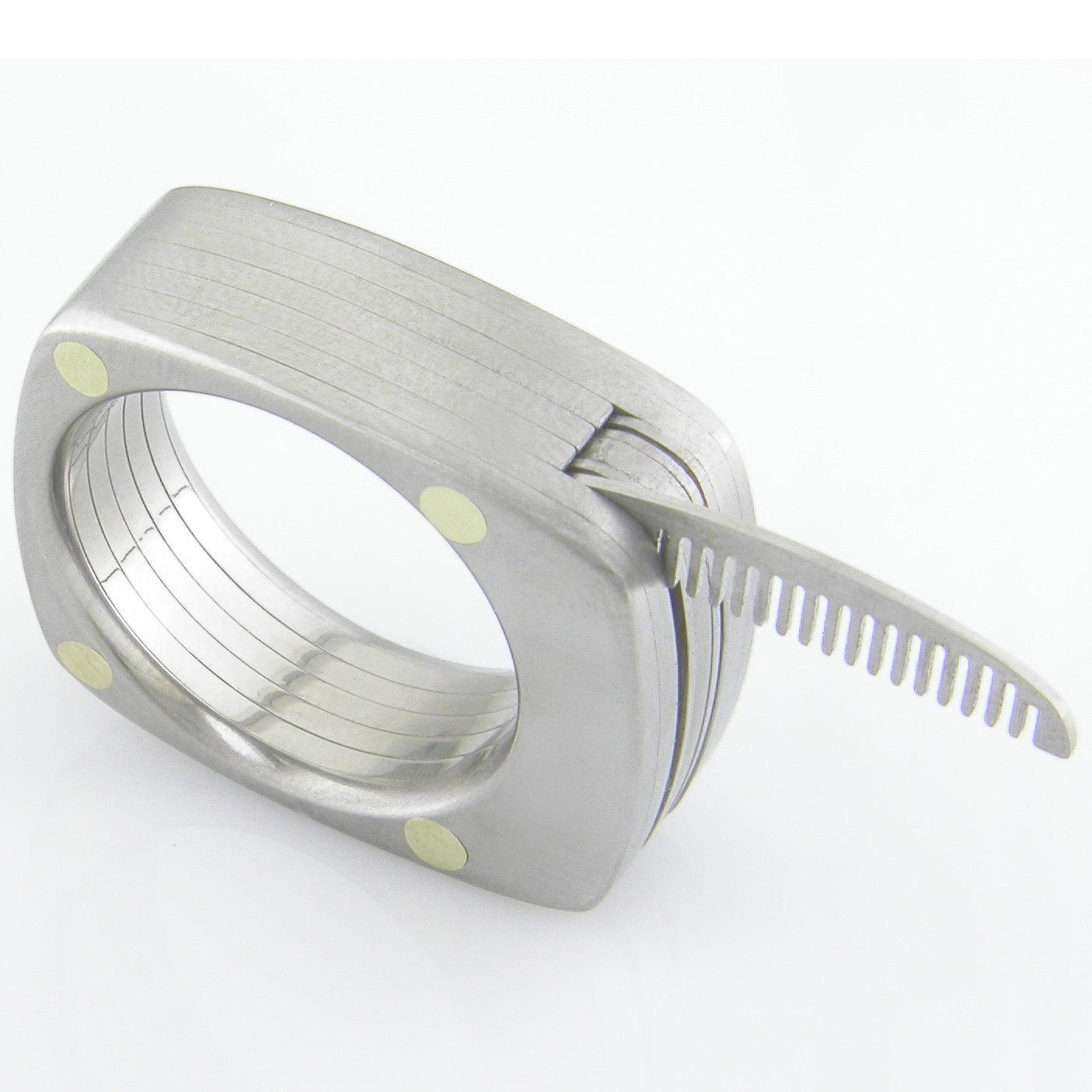 awesome-design-ideas-The-Man-Titanium-Ring-Bruce-Boone-3