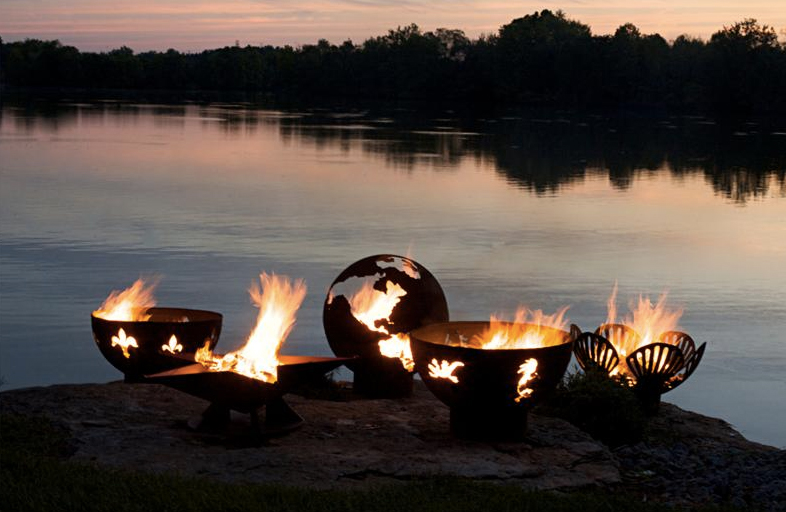 awesome-design-ideas-Third-Rock-Fire-Pit-Globe-Rick-Wittrig-2