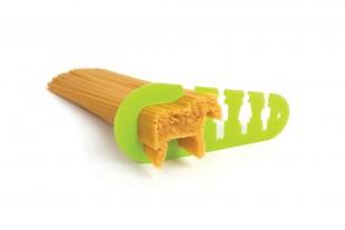 awesome-design-ideas-pasta-dispenser-I-Could-Eat-Horse-Stefan-Petur-Solveigarson-1