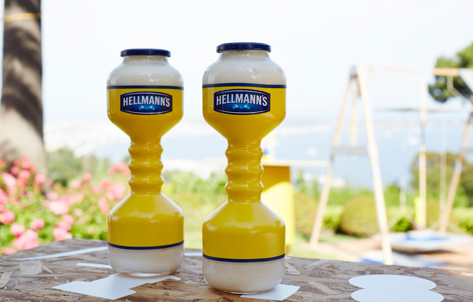 awesome-design-ideas-Hellmann-s-Dumbbells-Lernert-Sander-2