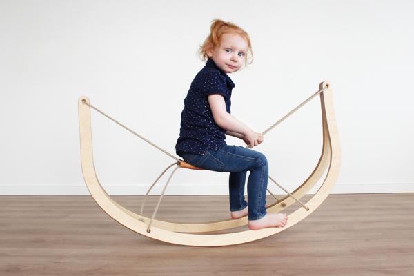 awesome-design-ideas-Gro-Rocking-Horse-Michael-Svane-Knap-Christian-Troels-2