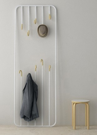 awesome-design-ideas-Hi&Bye-Coat-Rack-Juan-Tomas-Carboneras-Leire-Perez-Arkaitz-Arco-1