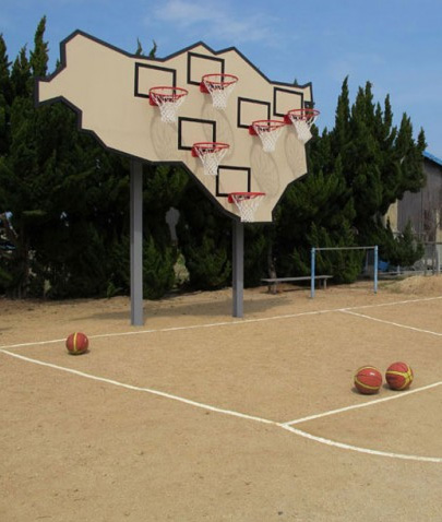 awesome-design-ideas-Multi-Basket-Playground-llobet-Pons-1