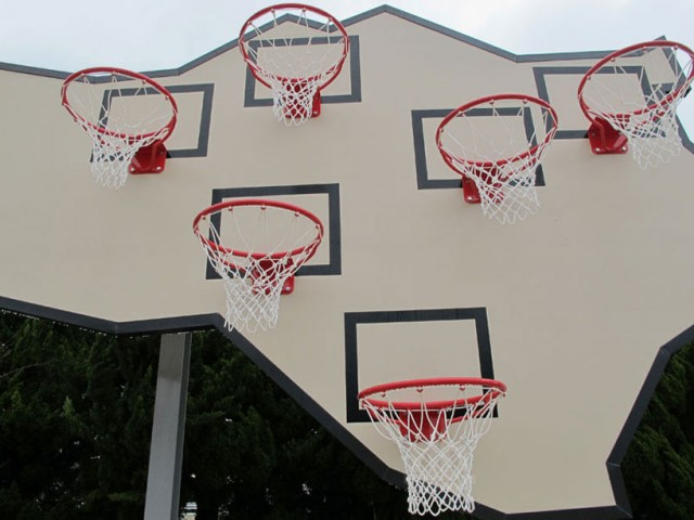 awesome-design-ideas-Multi-Basket-Playground-llobet-Pons-2