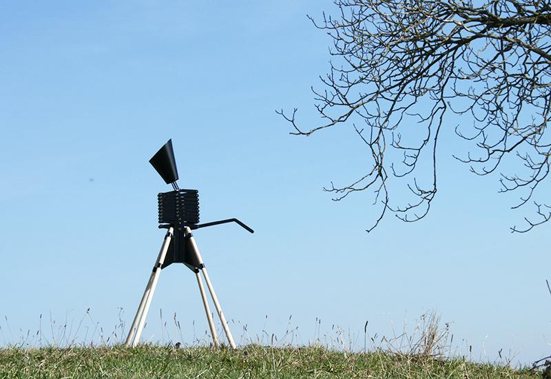 awesome-design-ideas-ADi-Giraffe-Floor-Lamp-Bernhard-Burkard-2