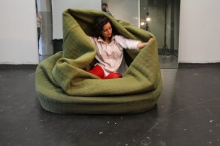 awesome-design-ideas-ADi-Moody-sofa-Hanna-Emelie-Ernsting-1
