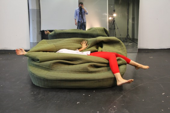 awesome-design-ideas-ADi-Moody-sofa-Hanna-Emelie-Ernsting-5