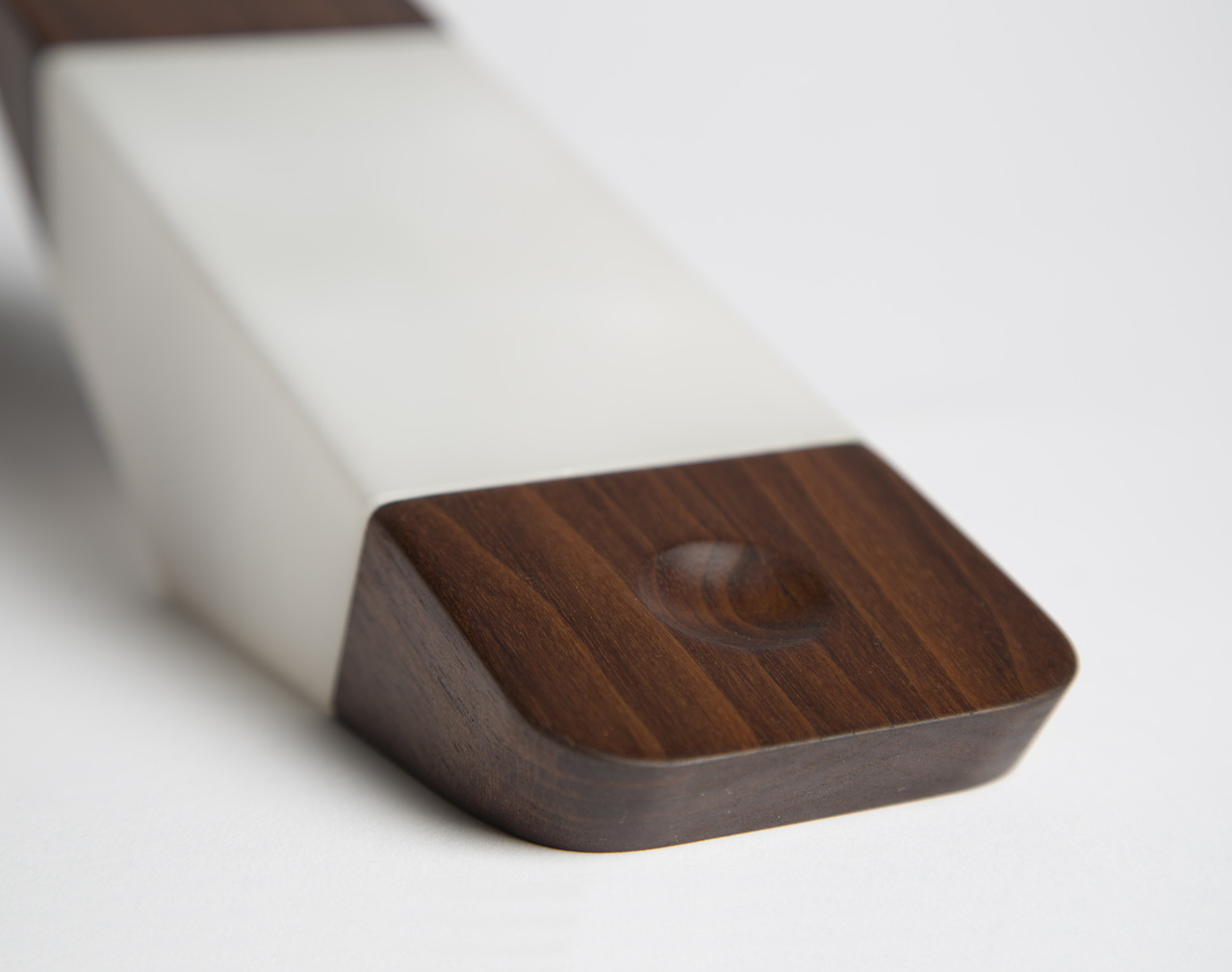 awesome-design-ideas-ADi-Prism-nightlight-Nicholas-Baker-4