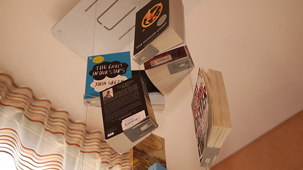 awesome-design-ideas-ADi-Flying-Books-shelf-Kiril-Gitman-4