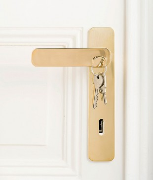 awesome-design-ideas-Double-Door-Knob-Use-Quentin-de-Coster-1