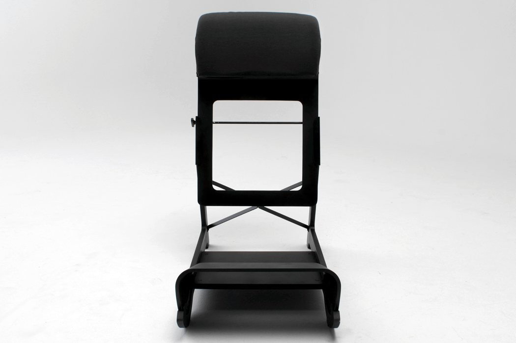 awesome_design_ideas_Standing_chair_Ariel_Levay_3